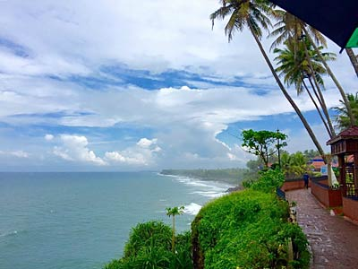 India yoga retreat - Varkala beach